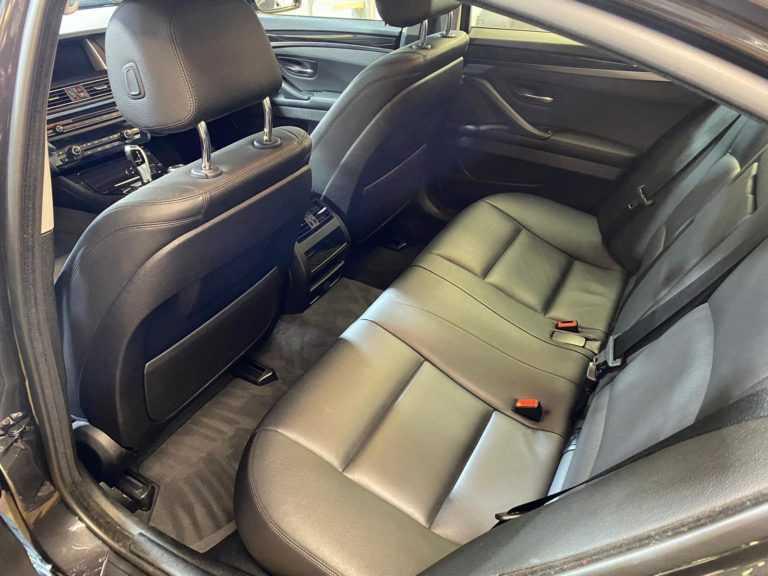 Wynajem aut do ślubu BMW 5