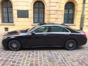 Wynajem samochodów do ślubu Mercedes s klasa bok2